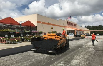 commercial drive and parking lot repair and resurfacing